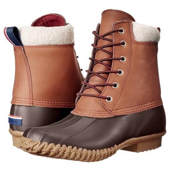 811933a1cef8 Tommy Hilfiger Russel Duck Boots. M 5a4561f5caab446fad0e3483